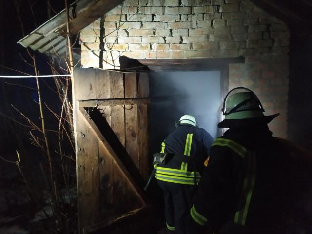 Гайворон: рятувальники ліквідували займання у житловому секторі