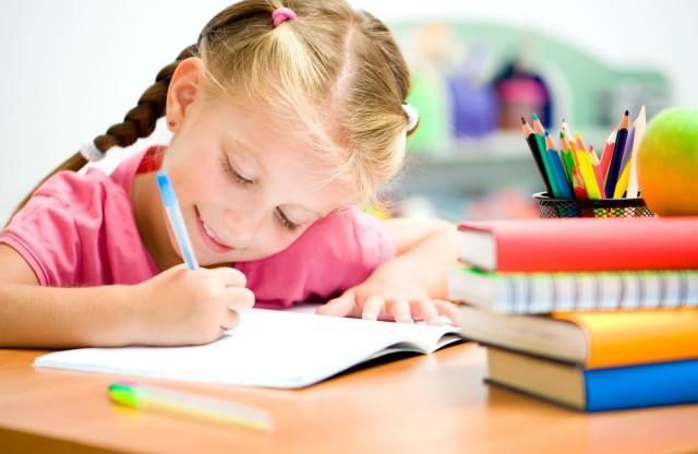 Учнів 1-4 класів оцінюватимуть по-новому
