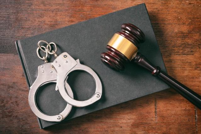На Кіровоградщині поліцейські затримали підозрюваного у вбивстві неповнолітньої дівчини